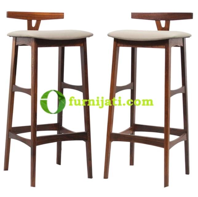 Model kursi kayu minimalis untuk cafe